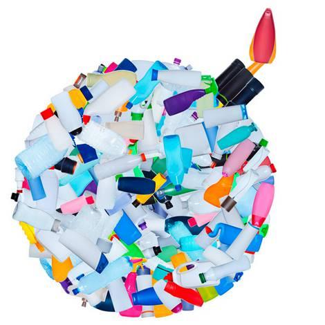 Bombe aus Plastikflaschen